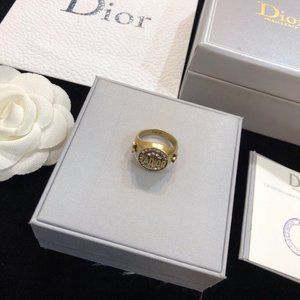 DIOR  RINGS size 7